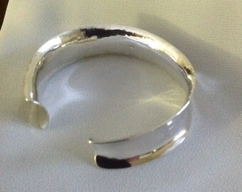 Hand forged Sterling Silver Cuff Bracelet