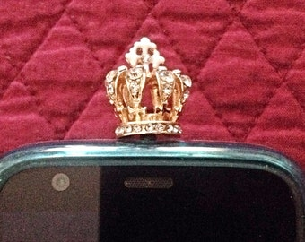 Crown Cell Phone Dust Plug. Phone bling/accessory.  Cell phone dust plug.