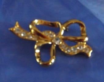 Vintage Gold Tone Rhinestone Bow Brooch