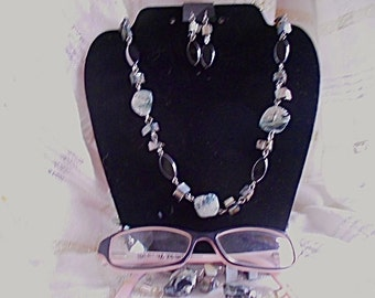Jeweled Lanyard For Your Glasses.  Love your glasses  again with lanyard and matching earrings.