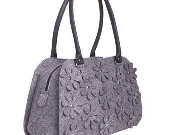 Tote Bag / Women Bag / Grey felt hobo / Shoulder handbag / Tote / Grey felt bag / Handbag/ Bag with flowers