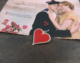 Heart Vintage costume jewellery pendant
