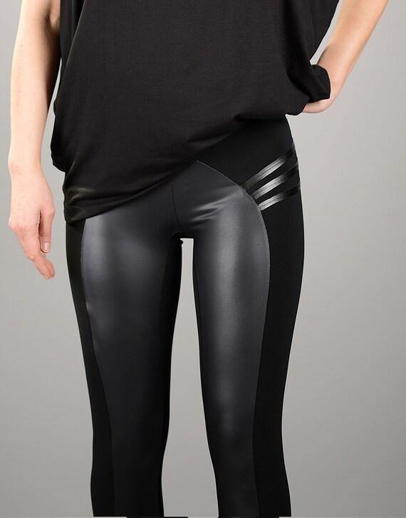 Shiny black leather leggings 10