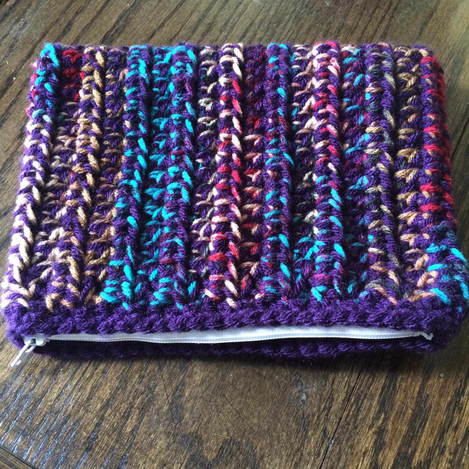 Crochet zipper pouch. Small crochet bag by krsmith20 on Etsy