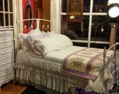 Vintage White Painted Cottage Chic / Shabby Chic Iron Bed - Full Size