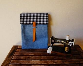 Handmade padded tablet case