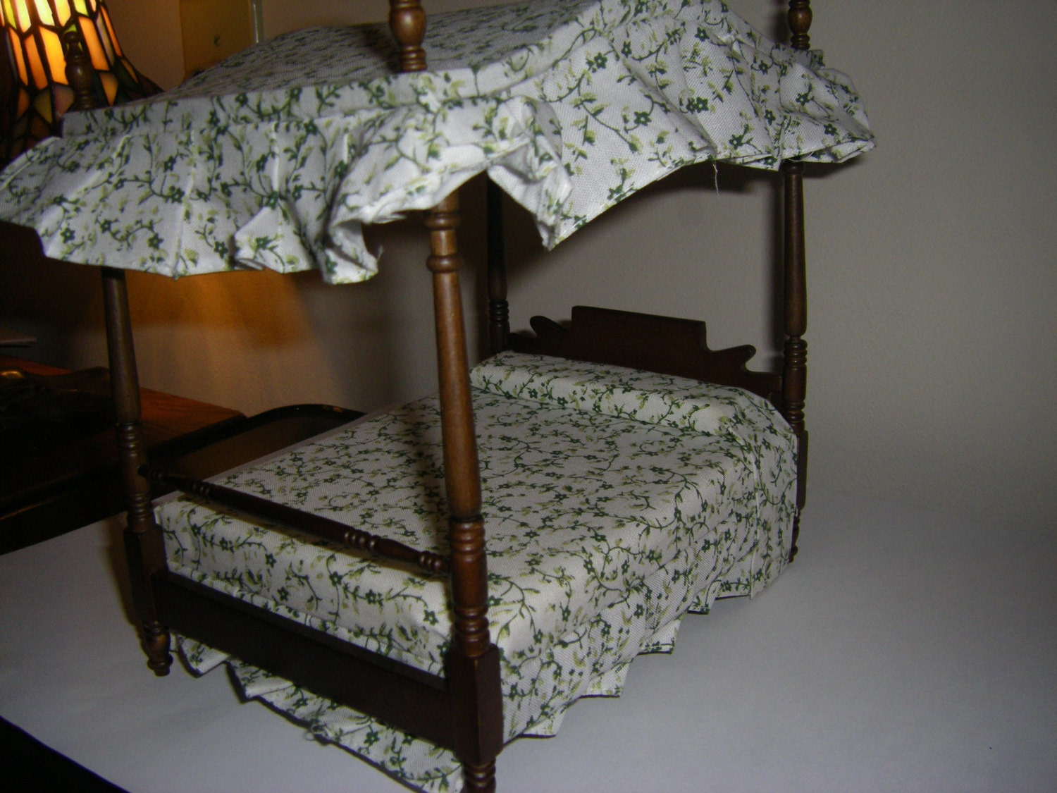 canopy double bed in 1 12 scale miniature dollhouse