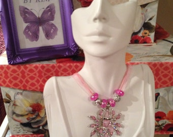 Sweet Spider Pendant Necklace ***