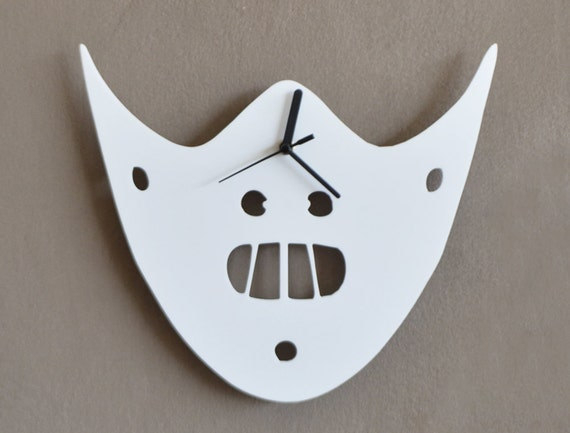 The Silence of the Lambs - Hannibal Mask - Minimalist Film Silhouette - Wall Clock