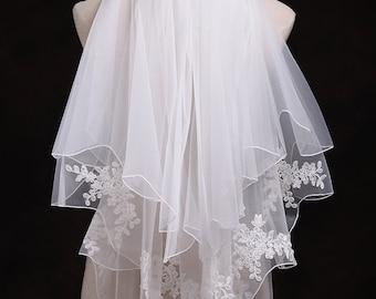 Bridal Veil Short veil in handmade vintage veil lace  two tiers ivory veil  Beautiful wedding veil
