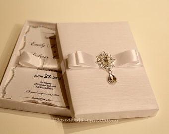 Dangling Crystal Wedding Invitation Box