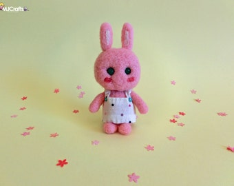 Trufa, pink bunny made of felt