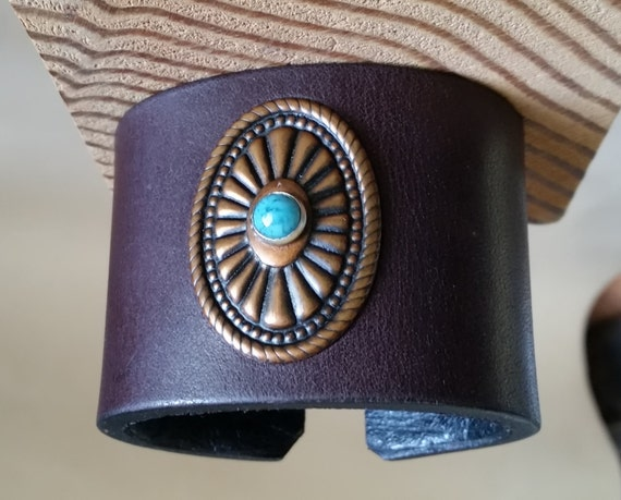 SMALL LEATHER CUFF. Burgundy with Oval Copper & Turquoise Concho. Lined. Hook Clasp. 5-1/2 Inch Wrist Size. Girls Womens Leather Bracelet..