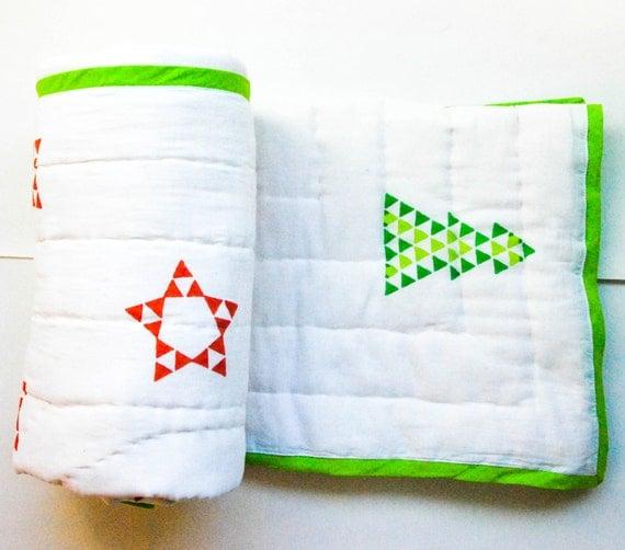 "Handmade reversible cotton quilt - 45"" x 60"" - Star & Tree"