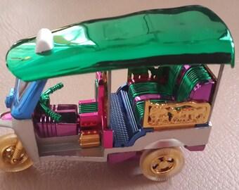 Car Model (Tuk Tuk) ( Model S size 6 x 8 cm)