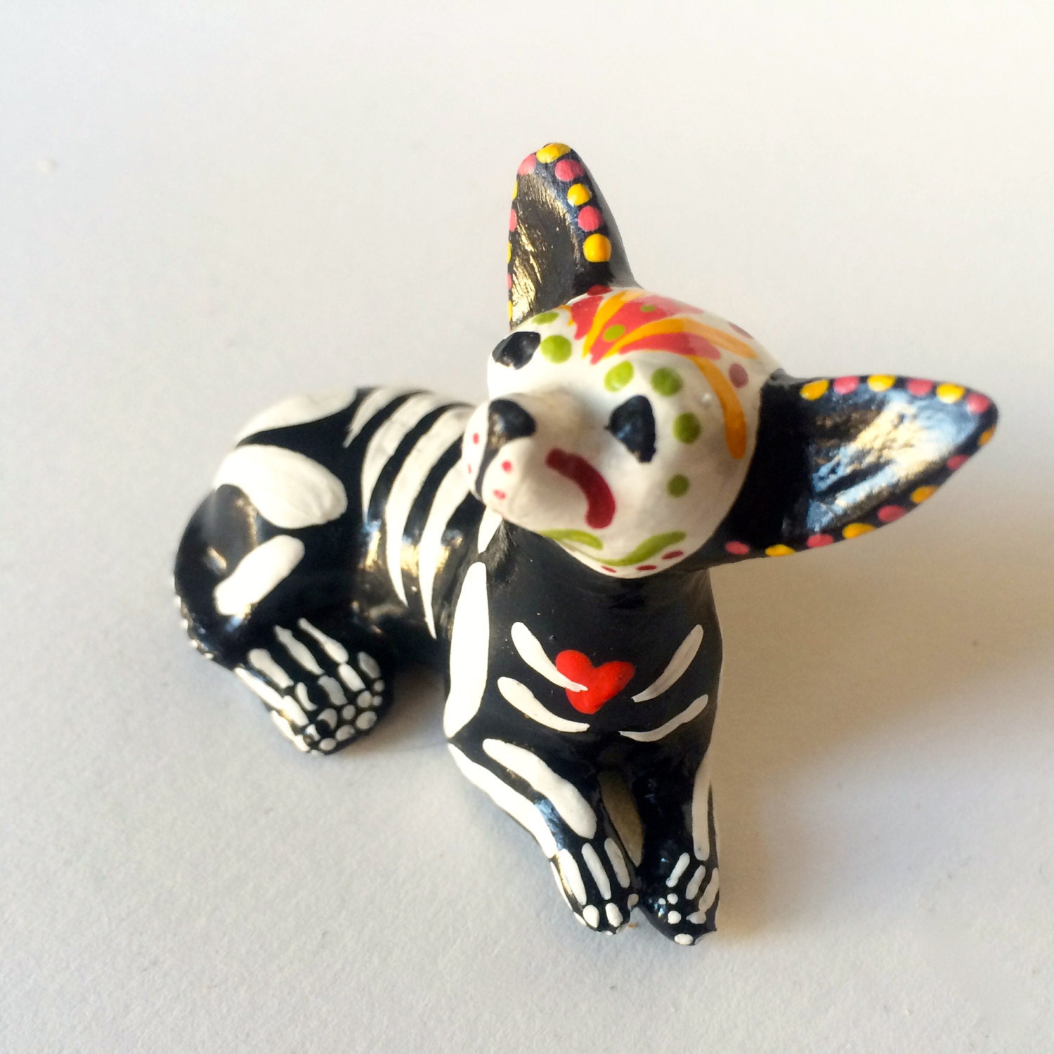 Day of the dead chihuahua dog sugar skull pet memorial dia de zoom dailygadgetfo Choice Image