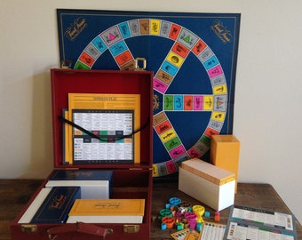 Vintage Trivial Pursuit Game 1984 Edition Master Game Genus II Edition Family Game in Case M398-2