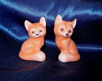 Pair of Miniature Ceramic Foxes - Group 7 - Pair of Miniature Foxes - Ceramic Foxes - Miniature Animals - Miniature Foxes