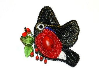 Handmade beaded embroidered brooch - bird!