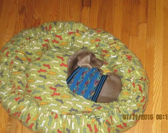 Dog or cat  bed - Medium