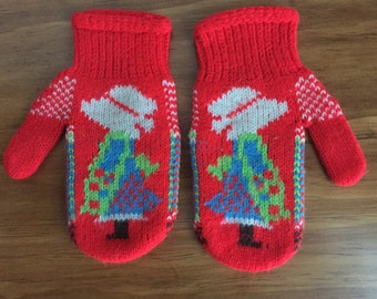 Vintage children's Holly Hobby style mittens