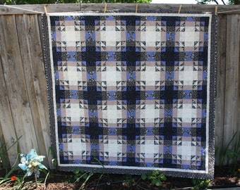 Charity quilt - Beautiful Old World quilt with stunning quilting - charity donation