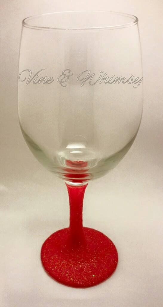 glitter wine glass monogram glitter goblet by vineandwhimsy. Black Bedroom Furniture Sets. Home Design Ideas