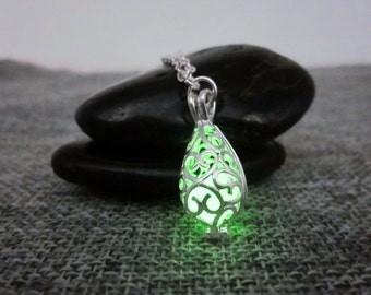 Glow In The Dark Necklace,glowing necklace,Silver Plated Teardrop Cage,Mermaid tears,Glow necklace,Halloween jewelry,Christmas Gift