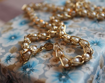 Gold tone and False Pearl necklace by Napier Vintage