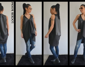 Black loose tunic, Asymmetric Top, Maxi tunic, Oversize top, Unique tunic, Black maxi top