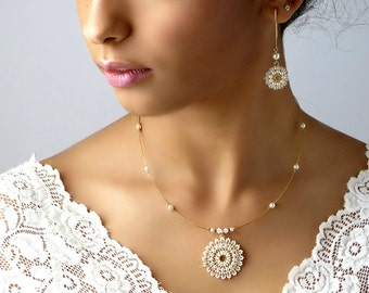 Bridal necklace and earring set, Bridal jewelry set, Pearl statement necklace, Mandala necklace with Long pearl earring, wedding jewelry set