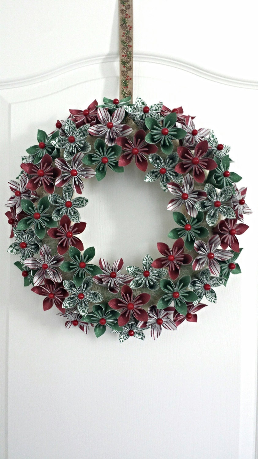 Sparkly Holiday Origami Flower Wreath/Christmas Wreath/Holiday Wall Decor