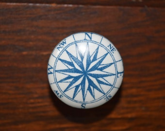 Compass Rose Dresser Drawer Knobs in Blue and White, Cabinet Pulls, Nautical Decor, Beach House, Cabinet Drawer Pulls, compass knobs
