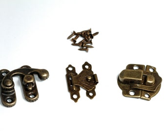 3 pack of Mini Antique Gold metal latch embellishments - Great for little boxes/keepsake books or for steampunk projects & mixed media
