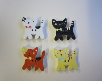 7 cute cat buttons