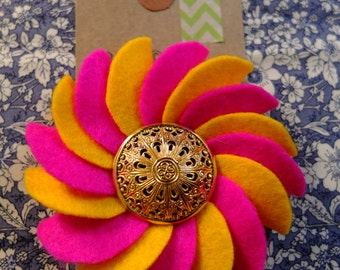"Pink and Yellow Felt Flower Rosette Brooch with ""Retro/Vintage"" Button (Medium)"