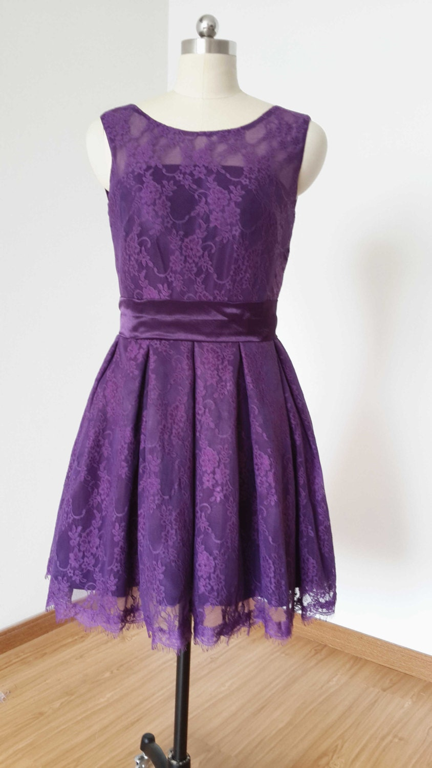 2015 A Line Dark Purple Lace Short Bridesmaid Dress
