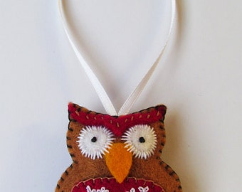 Embroidered felt Owl hanging decoration