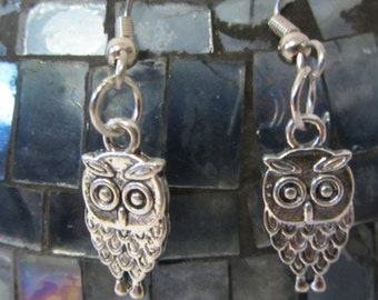 Pair of Silver Finish Owls Dangle Earrings