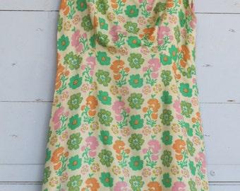 Floral 1960s mini dress Beige, Green, Orange