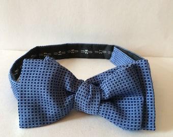 Vintage Alain Figaret silk bow tie