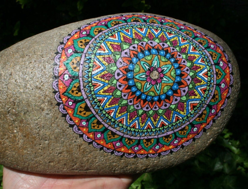 hand painted grinding stone large mandala w small painted. Black Bedroom Furniture Sets. Home Design Ideas