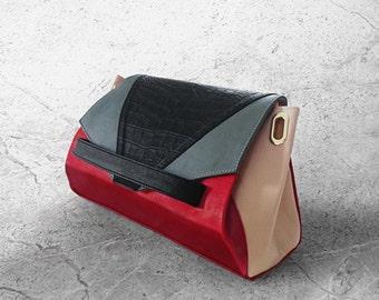 CARAPACE - Leather Handbag | High-end graphic and convertible handbag