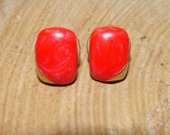 Vintage Coral Red Gold Chiclet Square Earrings Stud Earrings