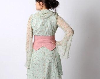 Pink floral belt, Embroidered belt, Pink wrap belt, Womens belt, Pink belt, Spring fashion, Waist cincher belt, sz XS