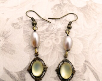 Vintage Banana Bob Ivory Earrings with Vintage Glass Pearls