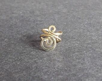 Gold EarCuff Simple Swirl Ear cuff Earring Small No Pierce eco friendly Gold Filled modern minimalist jewelry for women