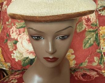 Vintage 1940s Hat with velvet trim