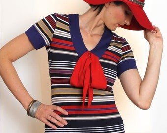 Red, Navy Stripe Top w Bow, Knit Jersey T-shirt, w Red Large Bow at Front V-neck, Short Sleeve w Cuff