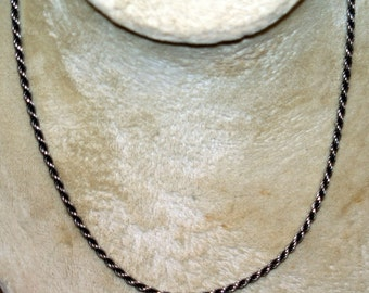 Beautiful Vintage Sterling Silver Twisted Rope Necklace